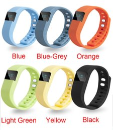 Promotion activité smartband tracker FITBIT TW64 Nouveau bracelet 6 couleurs Smart Band Fitness Activity Tracker Bluetooth 4.0 Bracelet Sport Smartband pour IOS Android Cellphone