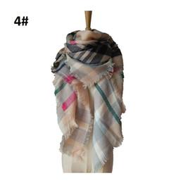 Купить Онлайн Размеры одеяло-Зима новый тартан шарф шотландки кисточкой Одеяло Унисекс моды Wrap шали женщин управляющая сетка в радиолампе шею Украл шарфы Большой размер 140см ZA1395
