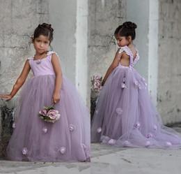 Promotion sans manches en tulle filles habillées 2017 Nouveau mignon sangles princesse manches Princesse Robe Robe avec fleurs faites à la main Tulle souple une ligne de robes fillettes pour mariage