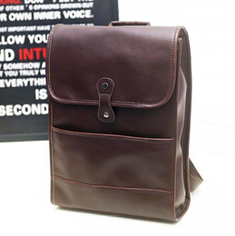 Wholesale factory sales brand men bags retro crazy horse leather large capacity and backpacking Europe and leisure laptop bag fashion students bag