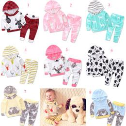 Wholesale Christmas baby INS outfits cartoon long sleeve hoodies long pant set kids Christmas deer printing suit styles C1525