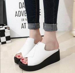 beautiful Ms summer new fashion flat thick wedge bottom fish mouth joker sponge cake cool slippers