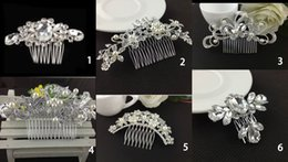 Wholesale Bridal Jewelry Accessories Crystal Pearl Hair Brush Bridal Wedding Tiaras Stunning Fine Comb utterfly hairpin for bride