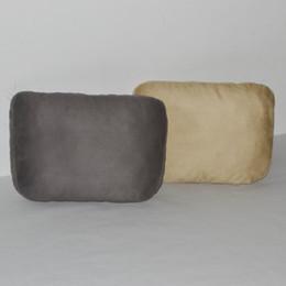 Cojines reposacabezas de cuero en Línea-Almohadilla suave de la almohadilla del cuello del coche apoya el amortiguador para conducir tamaño grande gris beige marrón Cuatro estaciones del suede de cuero universal de la PU