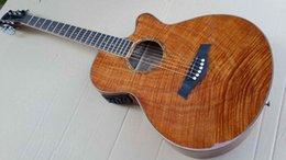 2017 acoustique de érable flammé Vente en gros-Okoumé flamme érable bois acoustique guitare électrique 2015 nouvelle guitare d'artisanat acoustique de érable flammé autorisation