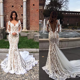Modest Lace Mermaid Wedding Dresses With Long Sleeves V-Neck Trumpet Illusion Backless Bridal Gowns Sweep Train Wedding Dress