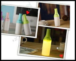 Wholesale mini usb bottle humidifier portable Portable Bottle Air Humidifier USB cool bottle mini humidifier V led lighting free dhl shipment