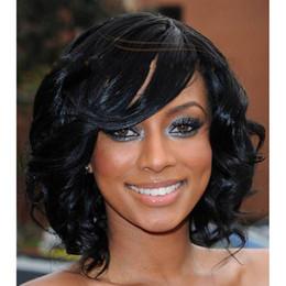 Descuento cortes de pelo rizado corto para las mujeres 12