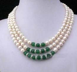 "3 row 9-10mm green jade + South Sea white Pearl Necklace 18"" 14k yellow Gold"