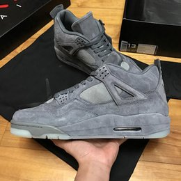 2017 chaussures de sport bon marché 2017 New Cheap Air Retro 4 IV x Kaws Cool Grey hommes Basketball Shoes Sneakers Sports trainers Avec Box taille 41-47 chaussures de sport bon marché autorisation