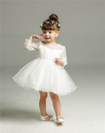 Retail 2017 New Baby Girl Christening Gown Infant Girls Princess Lace Long Sleeve Baptism Dress Toddler Baby Clothing 8515