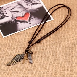 Fashion Charms Angel wing Necklace Popular jewelry items include necklaces bracelets and caps