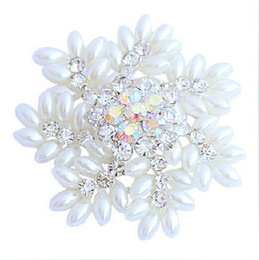 2 Inch Sparkly Silver Tone Snowflake Christmas Brooch with Marquise Shape White Pearls Wedding Party Gifts