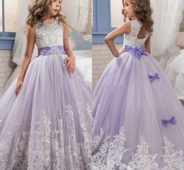Beautiful Purple and White Flower Girls Dresses Beaded Lace Appliqued Bows Pageant Gowns for Kids Wedding Party BA4472
