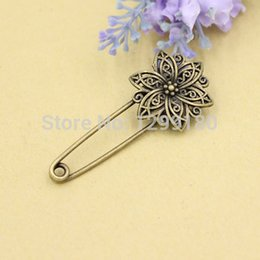 Wholesale Alloy Antique Bronze Vintage Flower Brooch Safety Pins For Garment Accessories Scarf Clip pins Length mm K02071