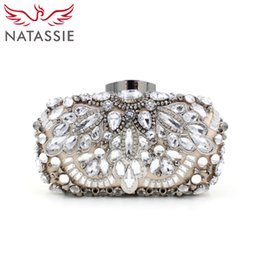 Venta al por mayor-NATASSIE mujeres de aleación de lujo rebordeados bolsos damas de noche de alta calidad de diamantes bolsos de diseño bolsos de boda embrague bolsos desde señoras monederos moldeado fabricantes