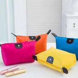 Monederos de las señoras regalos en Línea-Nuevo caramelo linda señora Travel Travel Maquillaje Bolsas cosmética bolso Bolsa embrague bolso casual bolsos tipo bolas de masa Dulce regalo bolsa ZA1709