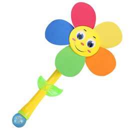 Wholesale Automatic Sunflower Bubble Gun with light and music Colorful Bubbles Toy Baby Gifts Plastic
