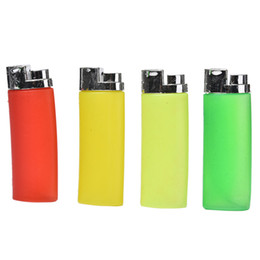 Wholesale Funny Gift Joke Trick Toy Water Squirting Lighter Fake Lighter Joke Prank Trick Toy Party Trick Gag Gift