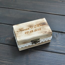 Wholesale Personalized Gift Rustic Wedding Ring Bearer Box Custom Your Names and Date Engrave Wood Wedding Ring Box