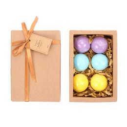 Wholesale LAVEN Handmadewith Bath Bombs Gift Set Packs Scents Eucalyptus Lavender and Orange with Organic Natural Ingredient Bath Bombs spa oil