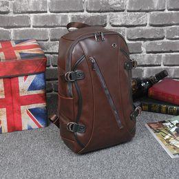 Hommes Brown Sacs à dos en cuir PU Sac à dos pour hommes Sacs de voyage Western College Style School Bag Mochila Feminina A655 supplier brown men backpacks à partir de hommes bruns sacs à dos fournisseurs