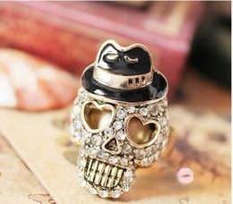 Europe and the United States, Japan and South Korea fashion jewelry wholesale, black hat, sir, drilling skull, retro ring woman