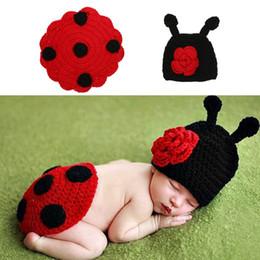Descuento cute baby accesorios de fotografía Bebé Fotografía Props Bebé recién nacido linda lana de algodón Knit Ladybug Traje Hat Foto Prop # LD789