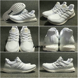 Wholesale 2017 Adidas Ultra Boost Triple White Running Shoes Ultraboost W Mens Run Shoes Sports Trainers Ultra Boosts Sneakers For Men BA8841