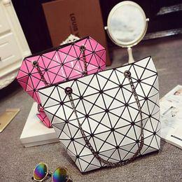 2017 chain bag women s handbag Nouveau sac de femmes de diamant de laser Nouveau sac à main de femmes Paillette Geometry Patchwork BAOBAO Sacs de pliage de chaîne d'épaule chain bag women s handbag autorisation