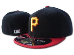 2016 sombreros de los deportes de la ciudad El equipo 2017 del deporte montó la ciudad de la impresión de los casquillos debajo del diseño cerrado lleno de la visera Pittsburgh Pirates los sombreros negros del béisbol liberan el envío descuento sombreros de los deportes de la ciudad