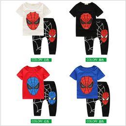 2017 spiderman ensembles de vêtements d'été 2017 nouveaux enfants d'été ensembles garçons filles Cartoon Spiderman vêtements t shirt + pantalons 2 pcs / costume Unisex peu coûteux spiderman ensembles de vêtements d'été