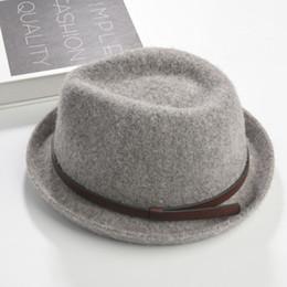 Brand New Fashion Pure hommes Casquette en cuir Large Brim Caps fedoras Floppy Jazz chapeau Vintage Populaire casquettes en laine chapeau de femme chapeau plat Haut à partir de bonnet cru fournisseurs
