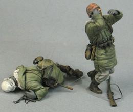 Compra Online Figuras de la gente modelo-Venta al por mayor- 1/35 bajas de combate alemanas WW2 2 personas WWII resina modelo figura Kit de envío gratis