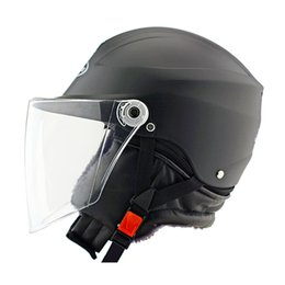 Motorcycle Helmets Electric helmet Half Face helmet has a wraparound visor and shock-absorbent rubber padding