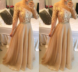 Long Sleeves Champagne Prom Dresses Lace Appliques off Shoulder Bateau Custom Made Formal Evening Celebrity Gowns Beaded Sash Chiffon Party