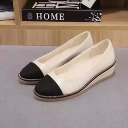 La conception de chaussures de couleur à vendre-Letu130 Chaîne en métal de marque de conception mixte Couleur Cap Dentelle plateaux Talons hauts en cuir véritable Office Lady Robe Femmes Chaussures Sz 35-39