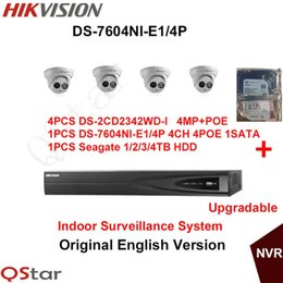 Caméras ip d'un dôme intérieur en Ligne-Hikvision Système de surveillance d'intérieur en anglais original 4pcs DS-2CD2342WD-I Caméra IP 4MP POE + 6MP Enregistrement NVR DS-7604NI-E1 / 4P