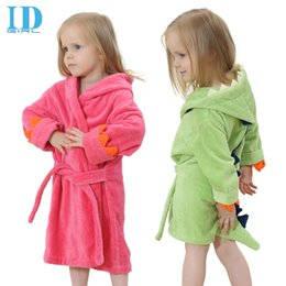 Wholesale Hot spring bath baby children coral velvet pink green bath towel cartoon cloak pajamas thicker with water absorption