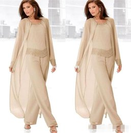 2019 Champagne Three Piece Mother of the Bride Pant Suits with Long Jackets Long Sleeves Beaded Chiffon Mother Plus Size Wedding Guest Dres
