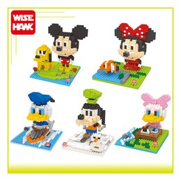 Wholesale WiseHawk Micro blocks Kawaii Big head Duck Dog Mouse Mickey d plastic puzzle cartoon model children gift figures Xmas toys