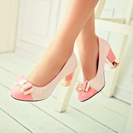 Canada Taille Plus 34-43 Hot 2017 Candy Couleur Femmes Pompes Shallow Color Block Thick High Heels Chaussures Bowtie Pink Chaussures de travail Femme Offre