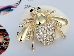Wholesale Hot amp New fashion jewelry animal insect gold silver plated crystal rhinestone bee pins brooch for women in bulk