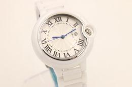 Cerámica blanca reloj de pulsera en venta-Cerámica de la fecha de la alta calidad del blanco de la promoción que vende los hombres a estrenar de la manera del cuarzo miran los relojes de la muñeca de los hombres del reloj