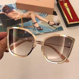 Gafas de sol de color rosa en Línea-2017 nuevas mujeres de las gafas de sol del smu clasifican las gafas de sol del diseñador de la marca de fábrica las gafas de sol del marco de las gafas de sol del marco del estilo metarial de la manera vienen con la