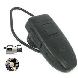 4GB Mini auricular de espionaje de cámara de vídeo grabadora de cámara ocultada 640 * 480 30Fps Mini DV Videocámara Videocámara bluetooth earphone spy camera deals desde bluetooth auriculares cámara espía proveedores