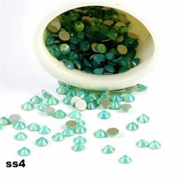 Wholesale CCBLING ss4 mm Green Opal Flat Back Décorations pour les ongles Non Hot Fix Colle sur strass pour clou de cristal