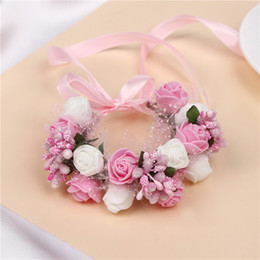 Romantic Bridal Wrist Corsage Wedding Flower Bridesmaid Artifical Wedding Flowers Bridal Wrist Corsage Children's Garlands New Foam Fruit