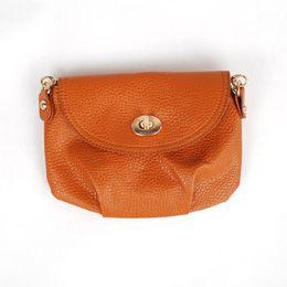 Sacs à main de jour à bas prix à vendre-Produit de gros-Produit bon marché Les femmes d'arrivée de nouvelles croisent le sac de corps de corps empaquettent le sac de femmes de PU Livraison gratuite