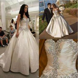 Robes blanches chérie volants de mariage à vendre-Robe de mariée en cristal élégante 2015 Robe de mariée sans bretelles sans bretelles en dentelle Robe de mariée en marbre